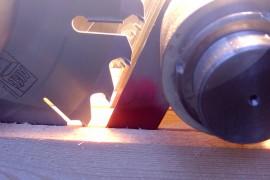 Как выбрать дисковую пилу по древесине и древесным материалам
